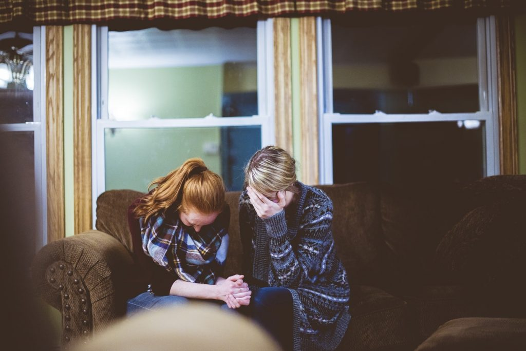 Comment savoir si une personne de votre entourage rencontre des problèmes d'addictions